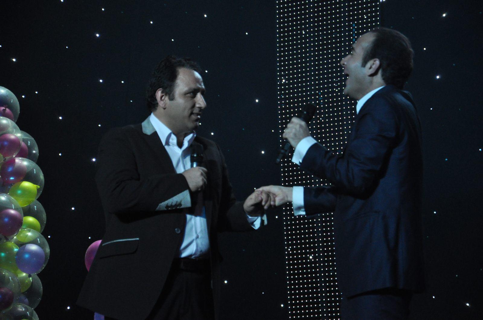 کنسرت خنده حسن ریوندی نمایشگاه و کنسرت خنده حسن ریوندی خبرگزاری